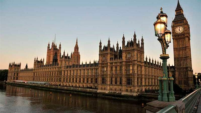 World leaders condemn U.K. Parliament attack