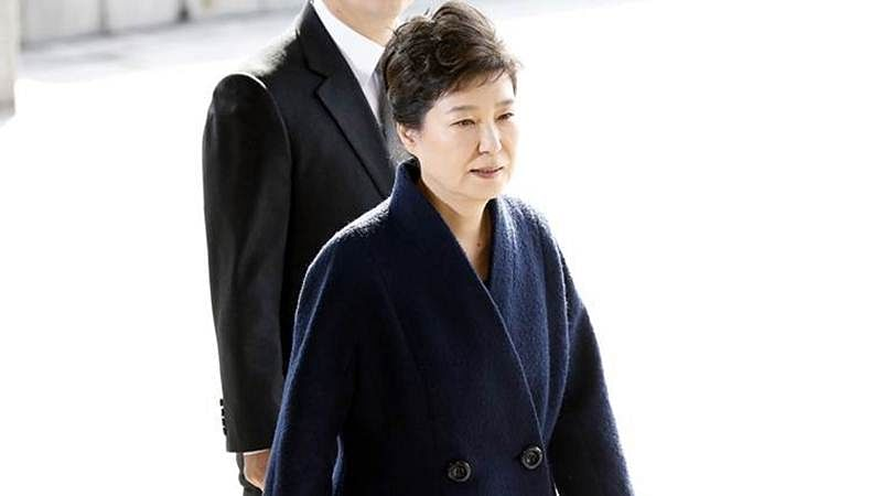 Ousted South Korean president says sorry to people