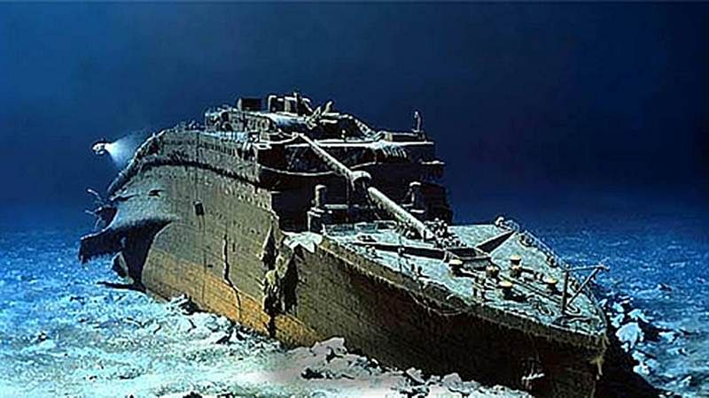 Private dives to Titanic shipwreck set to begin next year