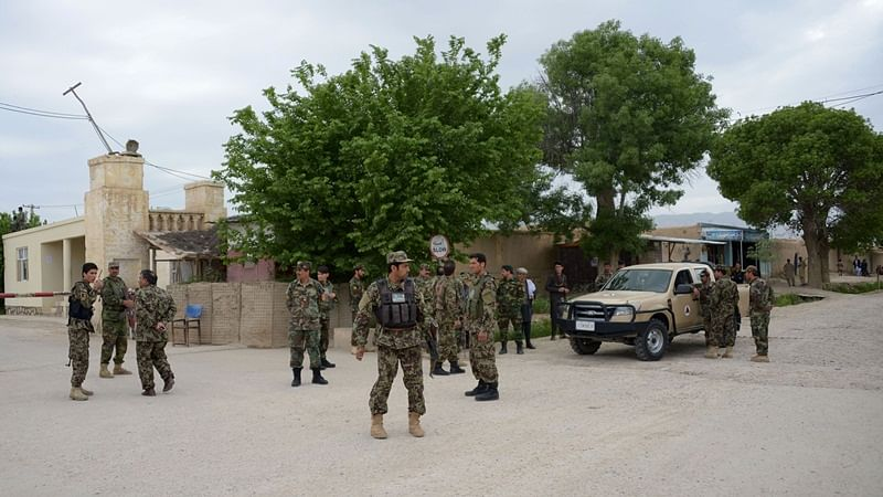 Suicide bomb in Afghanistan capital Kabul kills young girl, wounds 15