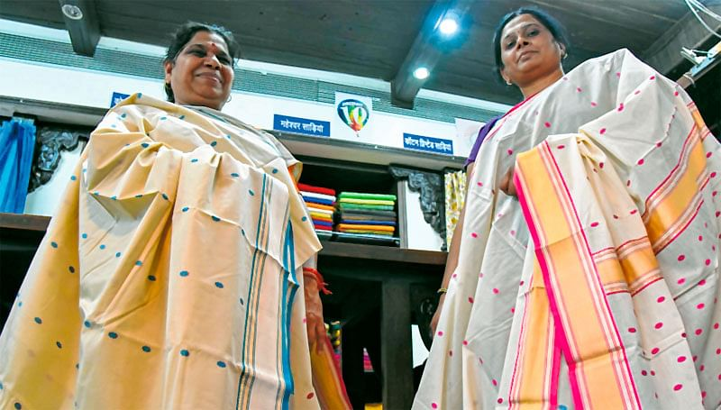 Bhopal: Rs 45k sari to grace 10-day silk expo