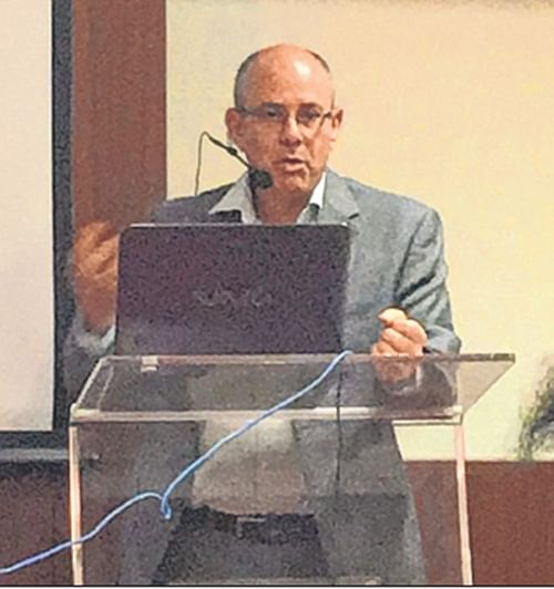 David Akov, Consul General of Israel in Mumbai, addreses the audience