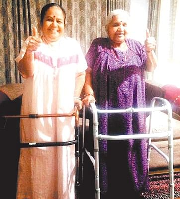 Indore: Woman, daughter-in-law create bizarre record for undergoing TKR surgery