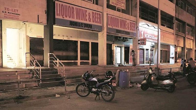 Uttar Pradesh suffers Rs 5,000 crore loss post liqour ban along highways
