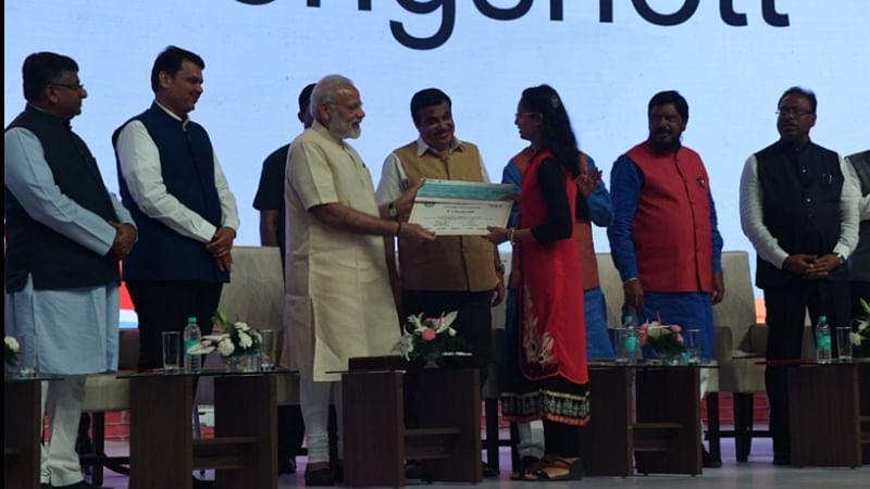 Mumbai: Latur girl bags Rs 1 crore prize for digital transaction