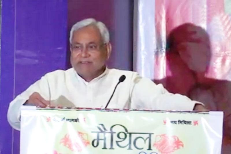 Nitish Kumar bats for pan-India liquor ban