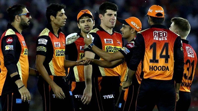 IPL 2017: Hyderabad crush Mumbai to boost play-offs chances