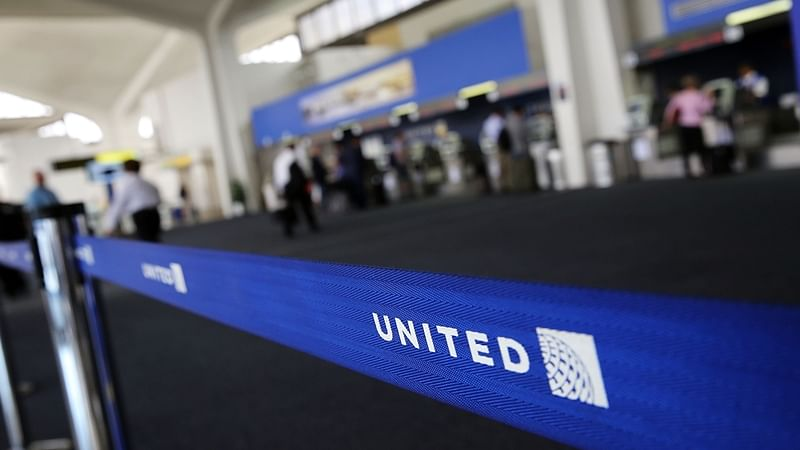 Passenger dragged off plane: United Airlines finally apologises as image takes beating