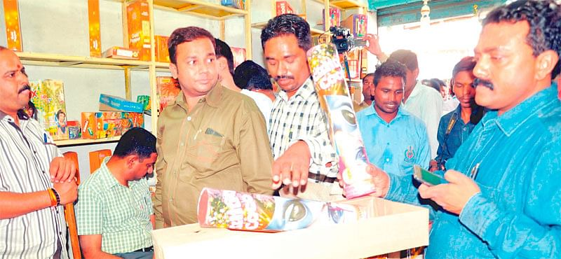 Indore: Raids unearth illegal stock of firecrackers