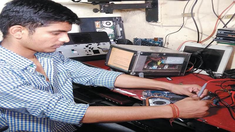 Mumbai: 16-year-old school dropout crafts Rs 2,500 computer