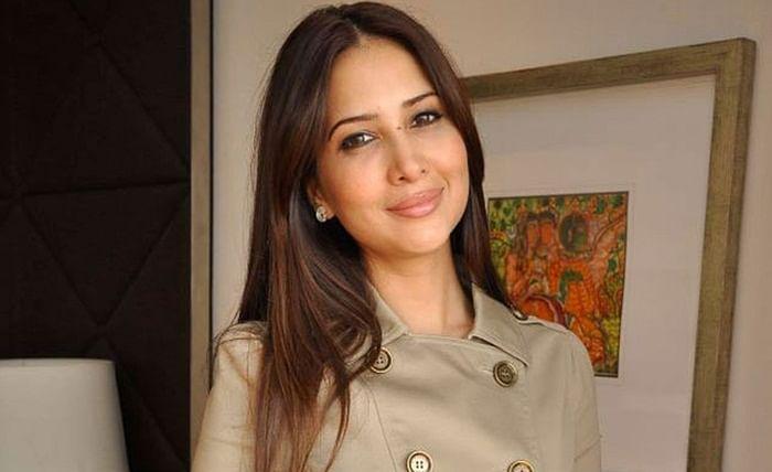 'Mohabbatein' again! Kim Sharma finds love in Mumbai