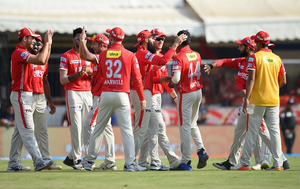 IPL 2017: Confident RCB take on bustling KXIP at Indore