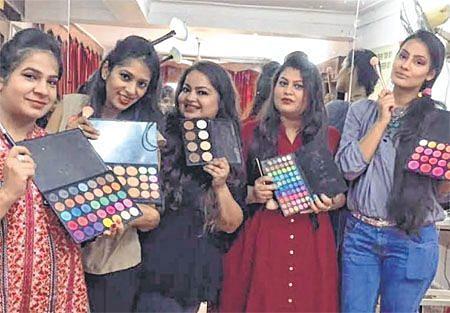 Bhopal: 5-day make-up workshop 'Glam Blush' starts