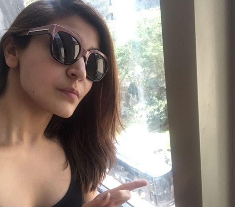 Shah Rukh Khan to report against Anushka Sharma for stalking?