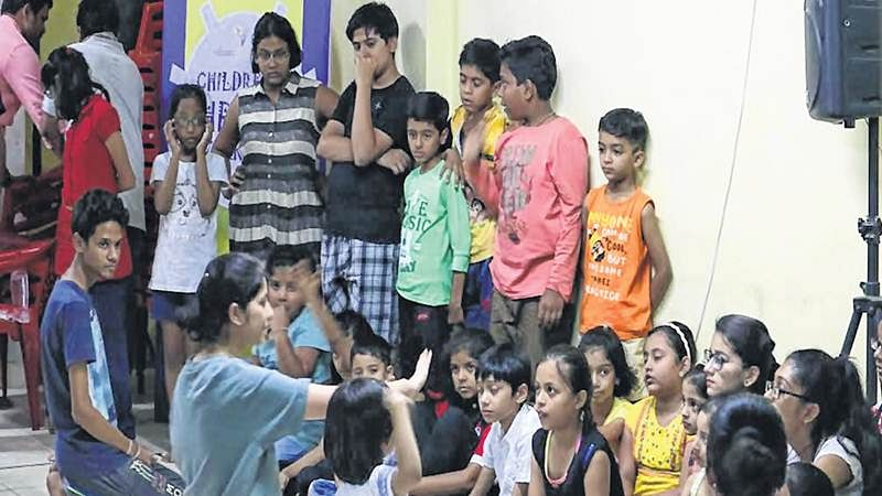 Bhopal: Children learn how to walk on stage