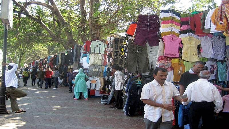 Mumbai: Fashion Street stalls shut as licences are cancelled by BMC
