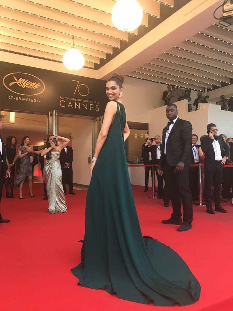 Cannes 2017 Day 2: Deepika Padukone shines bright like a diamond atCannes Film Festival