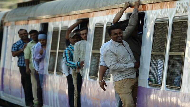 Mumbai : First pre-monsoon showers in Mumbai suburbs hit train services
