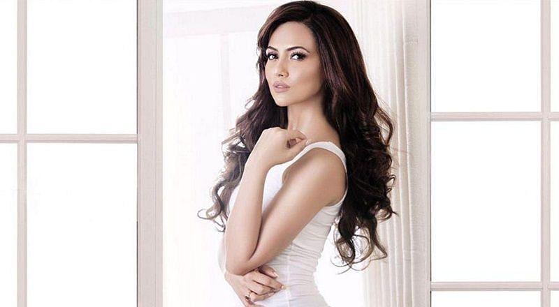 Sana Khan from bubbly to bold!