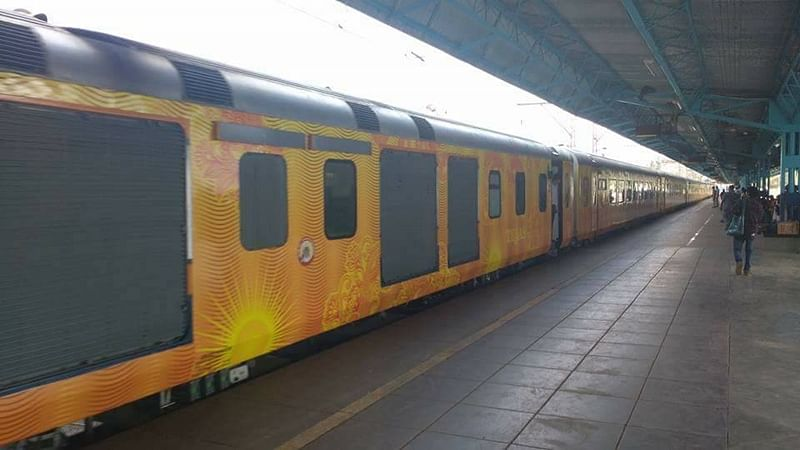 Tejas Express commuter in a tizzy after being told by waiters not to ask for bills, if he wants a discount of Rs 44