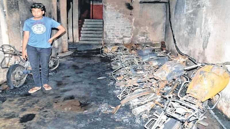 Ujjain: 10 bikes damaged in massive fire in residential building