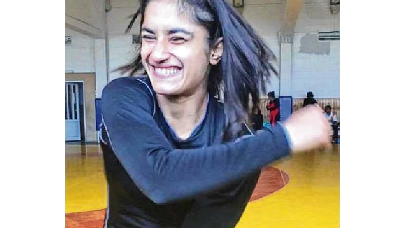 Sakshi & me benefit by practicing with each other, says Vinesh Phogat