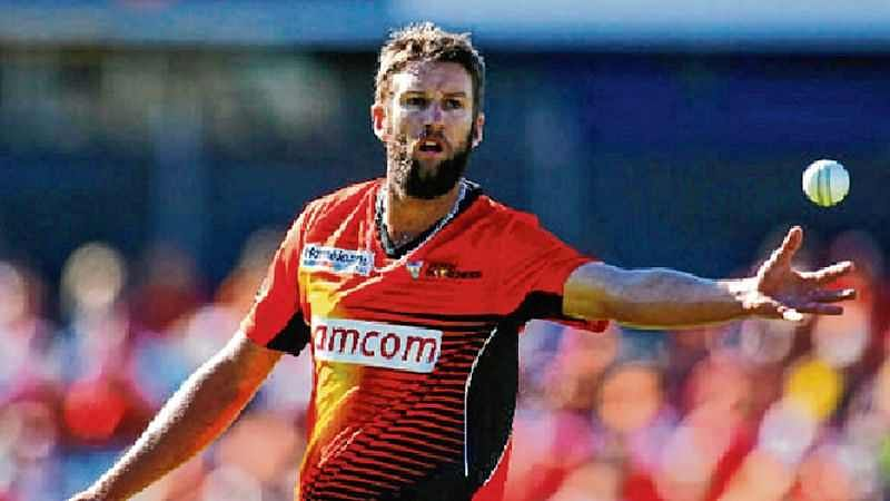 Andrew Tye ruled out with dislocated shoulder