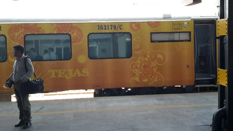 3 workers run over by Mumbai-bound Tejas Express on railway track in Raigad