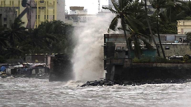 Mumbai Rains: Train delayed on Central, Western line; more heavy rainfall expected