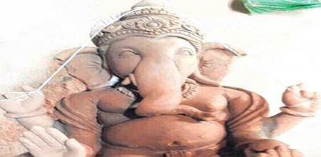 Ujjain: 300 eco friendly clay idols will be displayed during Ganeshutsav