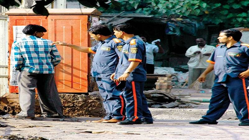Mumbai crime watch: Two BMC clean-up marshalls held for robbery