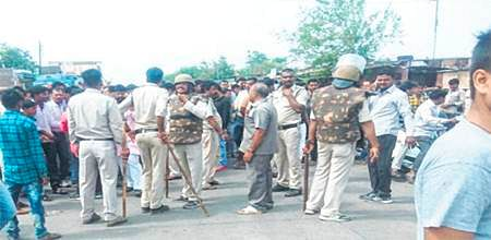 Bhopal: 6 farmers killed in police firing at Mandsaur