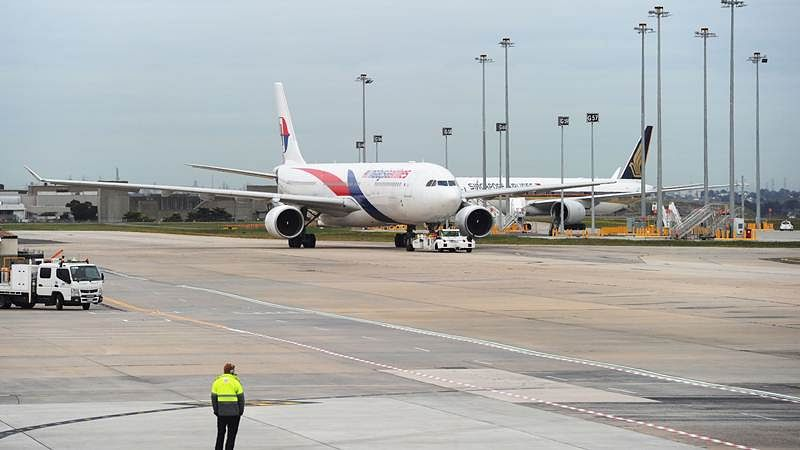 Malaysia Airlines flight returns back to Australia after bomb scare