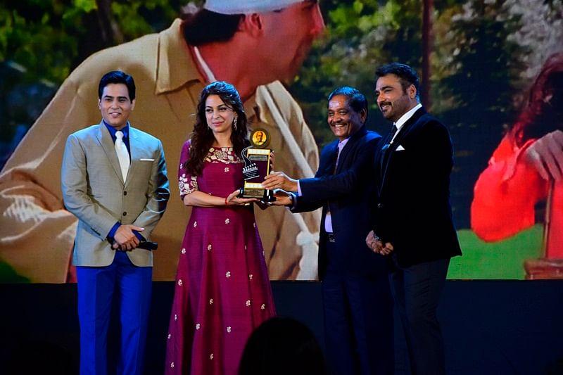 A Star-Studded Affair: Dadasaheb Phalke Academy Awards 2017