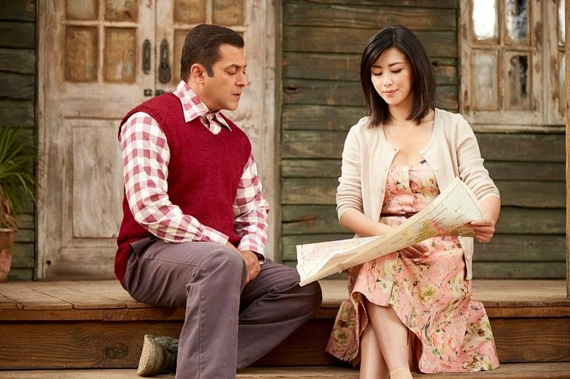 Salman Khan turns Hindi teacher for Zhu Zhu in 'Tubelight'