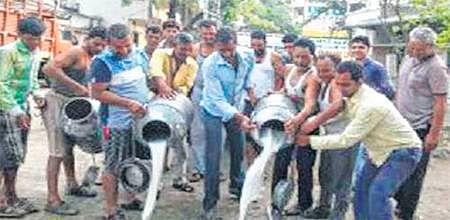 Ujjain: Kisan union strike hits common man hard