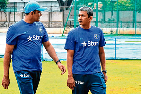 There is a void after Anil Kumble: Sanjay Bangar