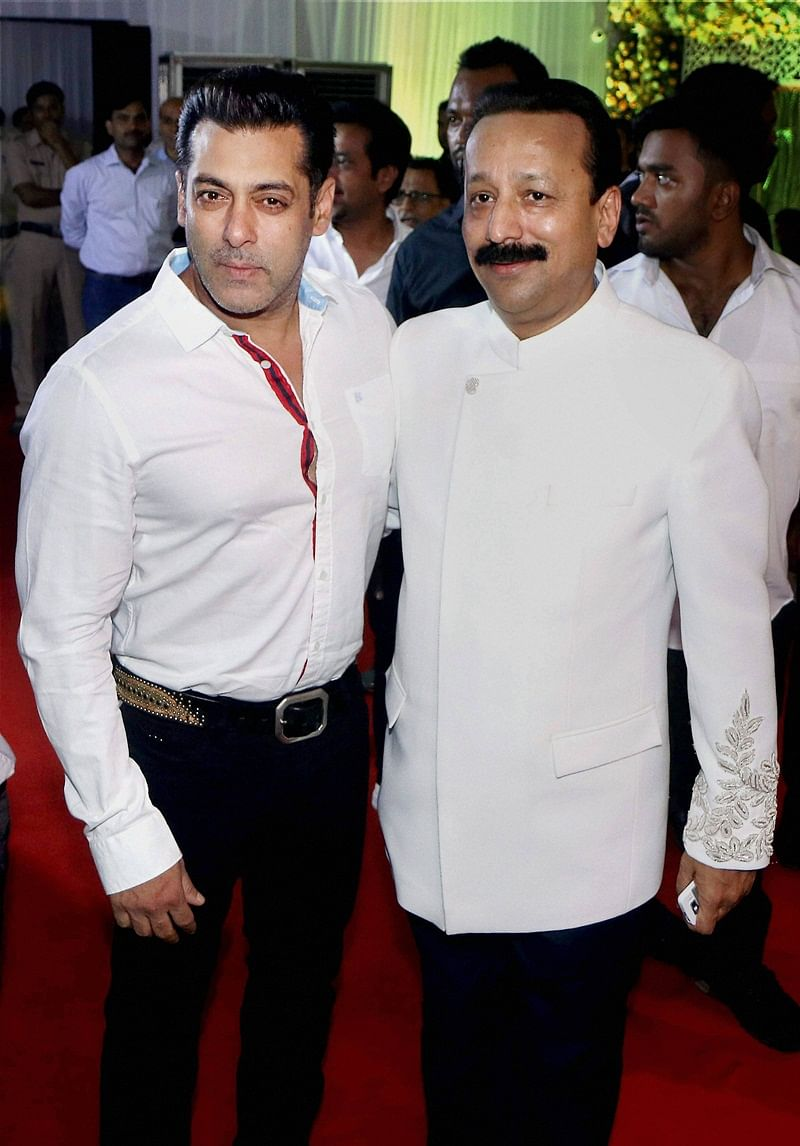 In Pictures: Shah Rukh, Salman Khan attend Baba Siddique's iftar party in Mumbai