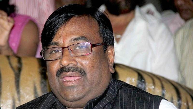 Maharashtra forest minister Sudhir Mungantiwar