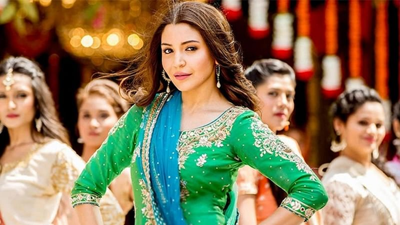 From Amitabh Bachchan to Anushka Sharma: Bollywood wishes fans Eid Mubarak on Twitter