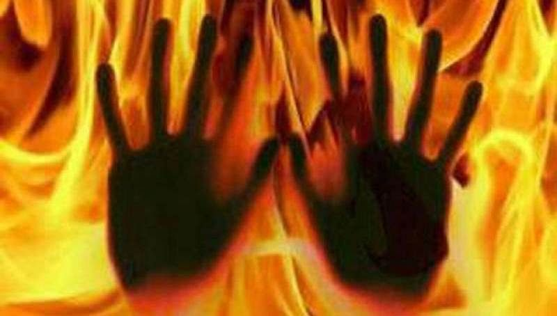 2 students burnt alive in alleged clash over affair with same girl in Telangana
