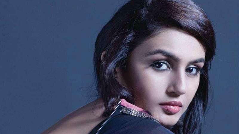 Huma Qureshi has started shooting for Rajinikanth-starrer 'Kaala'
