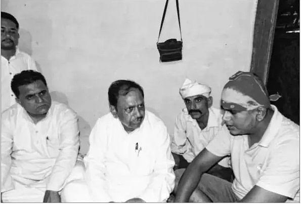 Bhopal: Pachauri meets farmer victims of usurious money-lenders
