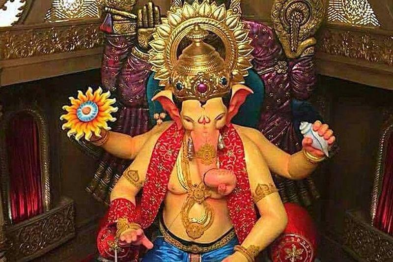 Mumbai: Oh My Lord! Lalbaugcha Raja 2017 picture goes viral