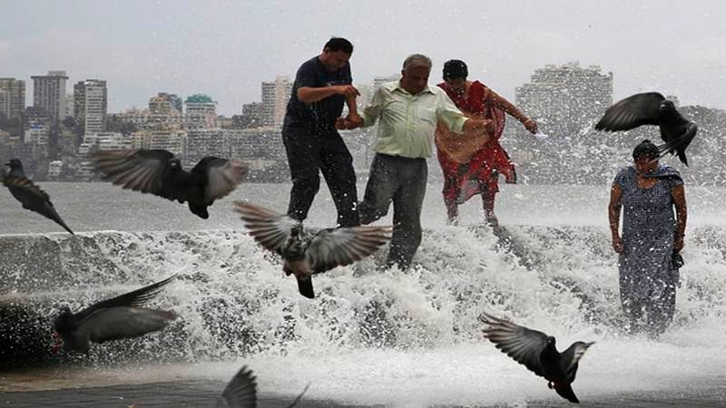 IMD predicts heavy showers in Mumbai, Konkan in next 2 days