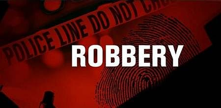 Panchsheel Nagar: Delivery robbed of Rs 20k, two mobiles