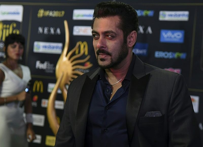 Bollywood Actor Salman Khan arrives for IIFA Rocks July 14, 2017 at the MetLife Stadium in East Rutherford, New Jersey during the 18th International Indian Film Academy (IIFA) Festival. / AFP PHOTO / ANGELA WEISS
