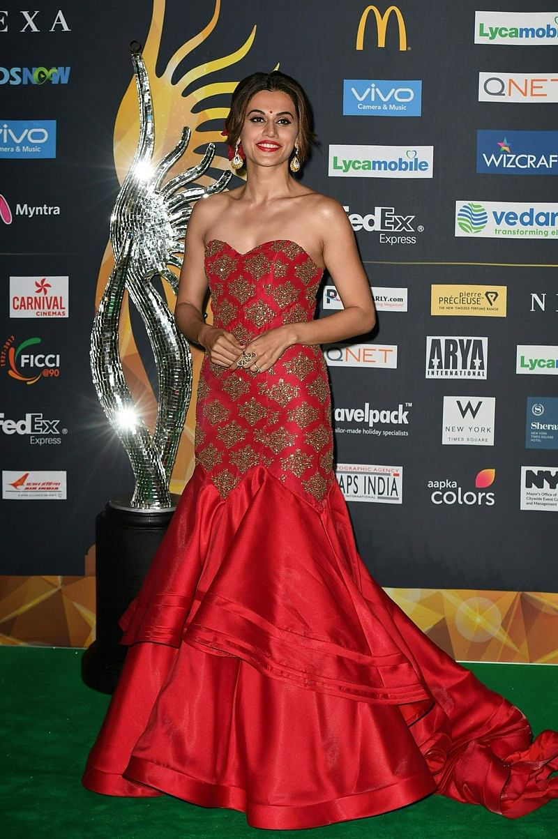 Bollywood Actress Tapsee Pannu arrives for IIFA Rocks July 14, 2017 at the MetLife Stadium in East Rutherford, New Jersey during the 18th International Indian Film Academy (IIFA) Festival. / AFP PHOTO / ANGELA WEISS