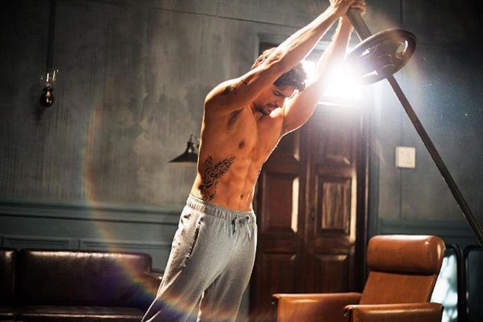 'A Gentleman': Jacqueline Fernandez shares picture of 'risky' Rishi