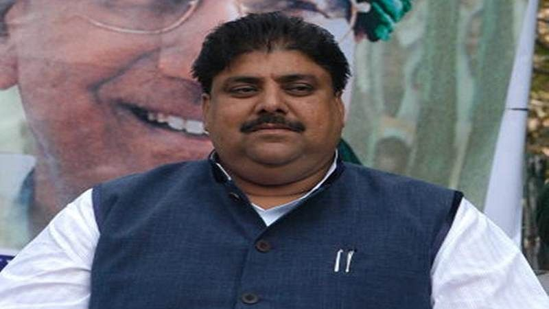 Chautala brothers summon separate party meetings, INLD rift widens